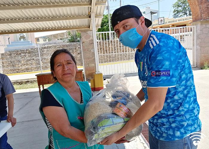 fotos700x500_0000s_0002_Conectando-amor-log-01-01 copy 7