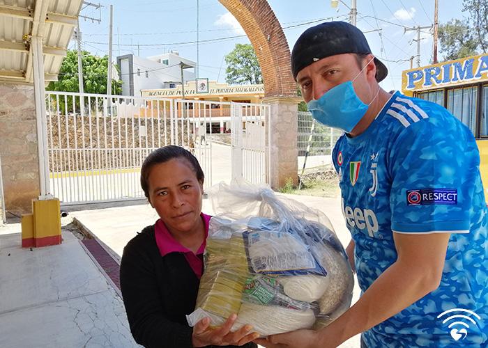 fotos700x500_0000s_0004_Conectando-amor-log-01-01 copy 5